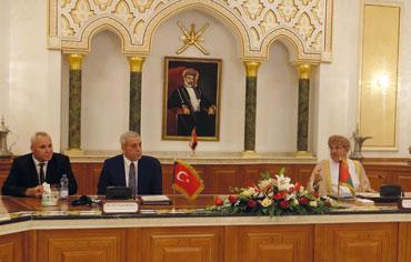 رئيس بلدية مسقط يستقبل وفد المجلس البلدي لمدينة أنقرة التركية