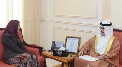 وزيرة التربية والتعليم تتلقى دعوة للمشاركة فـي القمة الحكومية من نظيرها الإماراتي