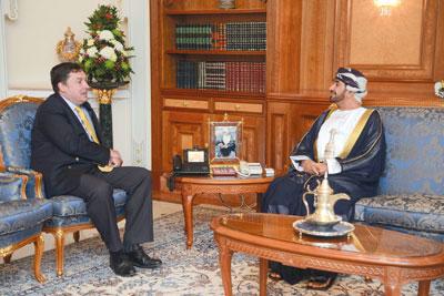 وزير ديوان البلاط السلطاني يستقبل سفراء المملكة المتحدة والأردن والهند