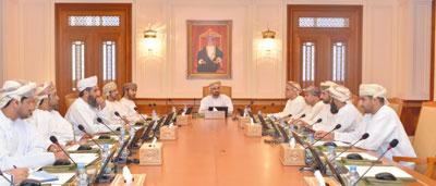 مكتب مجلس الشورى يتدارس طلبات الإحاطة والأسئلة البرلمانية الموجهة إلى الحكومة