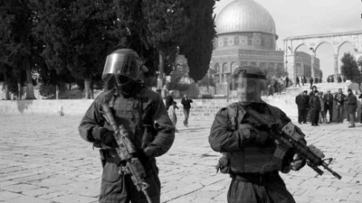 عصابات المستوطنين تقتحم (الأقصى) وميليشيا الاحتلال تمنع المصلين