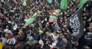 الفلسطينيون يشيعون شهداءهم بمواكب صمود وفخر..رغما عن اشتراطات الاحتلال