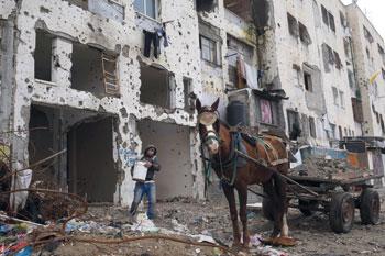 غارتان لمقاتلات الاحتلال على غزة في موقعين..وبوارجه تغلق المجال البحري للقطاع تماما