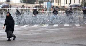 العراق يعلن مقتل 95 داعشيا بينهم قيادي بارز.. ويجلي 9 آلاف مدني من الرمادي