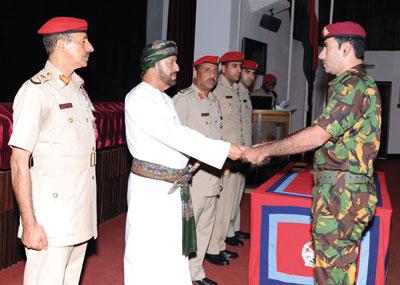 جلالة القائد الأعلى للقوات المسلحة يوجه بتكريم فرق الرماية والفرق الرياضية العسكرية