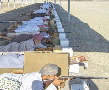 اختتام منافسات المسابقة السنوية للرماية التقليدية بولاية الخابورة