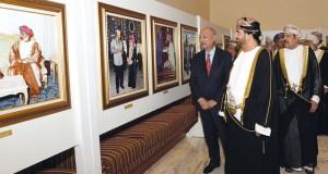 """أكثر من 700 صورة تجسد """"ملامح من مسيرة عمان الحديثة"""" في قاعة العرض بالخوير"""