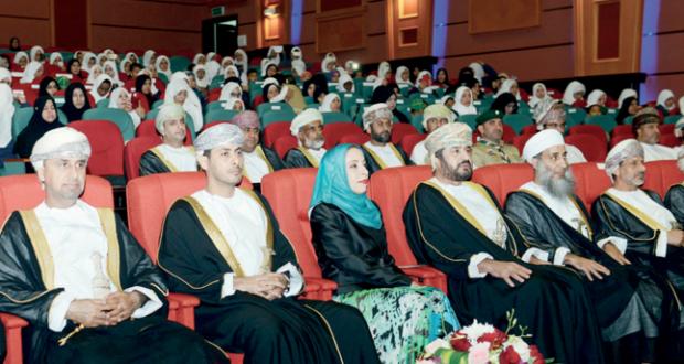 وزير الشؤون الرياضية يرعى الحفل السنوي لتسليم كأس جلالة السلطان لمسابقة التفوق الكشفي والارشادي