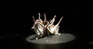 رؤية جدلية للشقيقات الثلاث في مهرجان تبليسي الدولي للمسرح