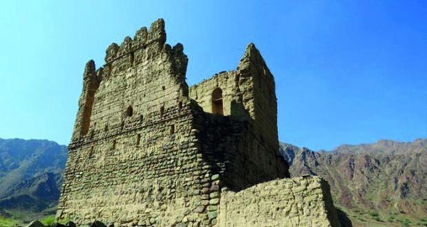 """اكتشافات قرية """"نزوح"""" الأثرية تؤكد على عراقتها وأهميتها التاريخية"""