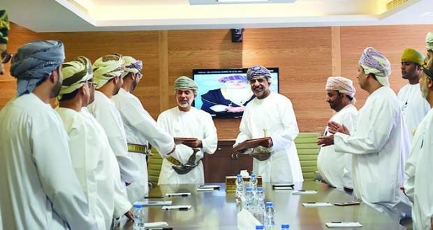 """""""تنظيم الاتصالات"""" توقع اتفاقية تعاون مع """"عمان للحوكمة والاستدامة"""""""
