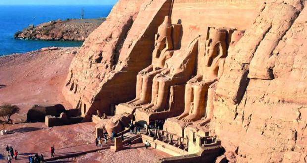 أثريون يحذرون من العبث بكنوز مصر الفرعونية