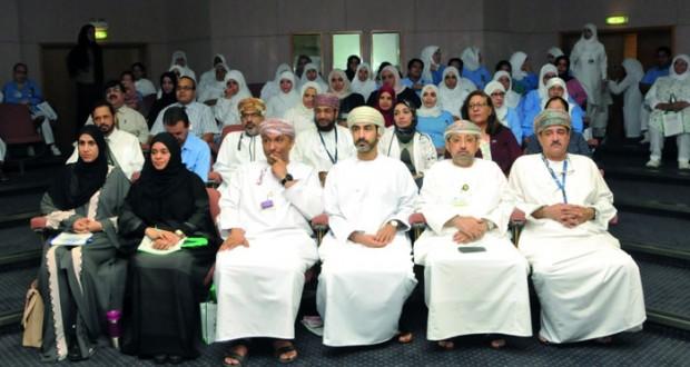 المستشفى السلطاني يحتفل باليوم العالمي للسرطان