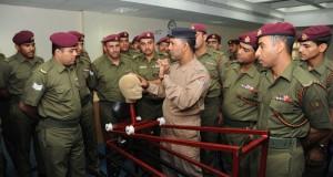 معهد السلامة المرورية ينفذ محاضرة توعوية لعدد من ضباط الصف بالحرس السلطاني العماني