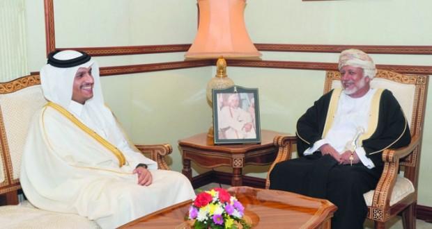 الوزير المسؤول عن الشؤون الخارجية يستقبل وزير الخارجية القطري
