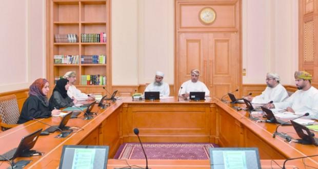 لجنة التربية والتعليم بالشورى تناقش واقع الجامعات والكليات الخاصة بالسلطنة