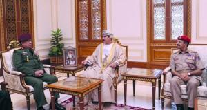 وزير المكتب السلطاني يستقبل القائد العام للقوات المسلحة الماليزية
