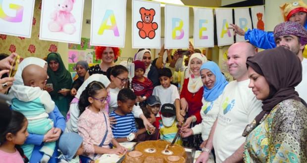 الجمعية العمانية للسرطان تنظم حفلها السنوي بمشاركة الأطفال وذويهم