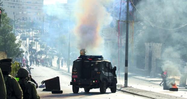 الاحتلال يهاجم «الضفة» ويعتقل العشرات.. وإصابات بمواجهات متفرقة