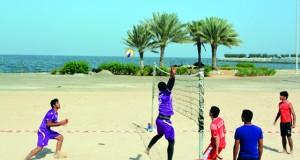 جامعة صحار تظفر بالذهب في النسخة السادسة لبطولة مؤسسات التعليم العالي لكرة القدم الشاطئية