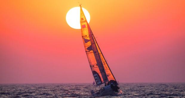 اليوم وزير النقل والاتصالات يرعى ختام منافسات سباق الطواف العربي للإبحار الشراعي
