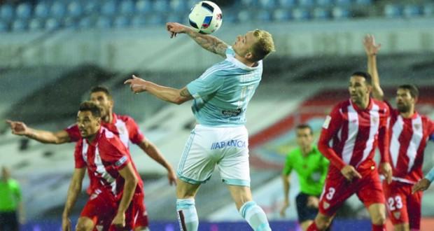 اشبيلية يلحق ببرشلونة إلى المباراة النهائية