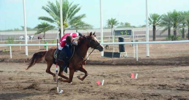 الخيالة السلطانية تستحوذ على مسابقات الفردي والفرق