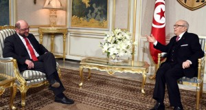 تونس : باحثون عن عمل ينظمون مسيرة احتجاج على الأقدام