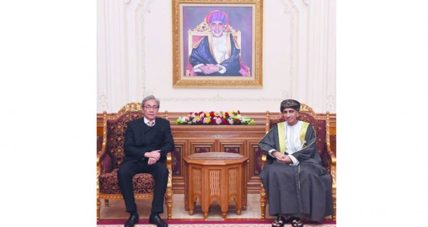 السلطنة وتايلند تبحثان تطوير التبادل التجاري والاستثمارات المشتركة