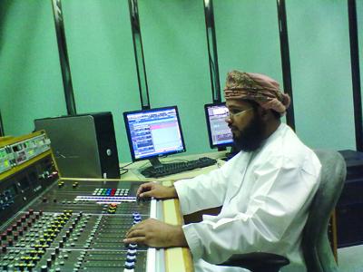 إذاعة القرآن الكريم تقدم قطوفا إيمانية تزكي الأرواح التواقة للخير