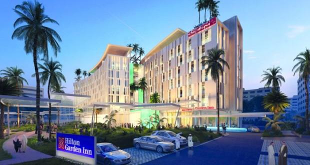 """بلدية مسقط و""""أساس"""" توقعان اتفاقية لاستثمار أكثر من 16 ألف متر مربع لإنشاء فندق """"هيلتون جاردن إن"""""""