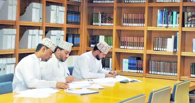 أكثر من (346) ألفاً عدد الزوار لمكتبة جامع السلطان قابوس الأكبر خلال السنوات العشر الماضية