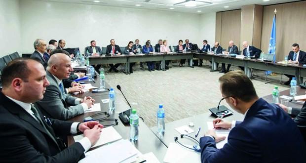 محادثات جنيف: المبعوث الدولي يلتقي وفد الحكومة السورية ويسعى لـ(مساحة مشتركة)
