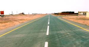 """""""البلديات"""" تواصل تنفيذ المشاريع البلدية والمائية بمحافظة الظاهرة"""