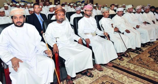 الاحتفال بتكريم الفائزين في مسابقة الأندية للإبداع الشبابي بمحافظة ظفار