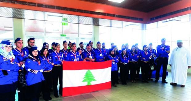 في زيارة سياحية وكشفية ..وفد من كشافة ومرشدات لبنان يصل السلطنة