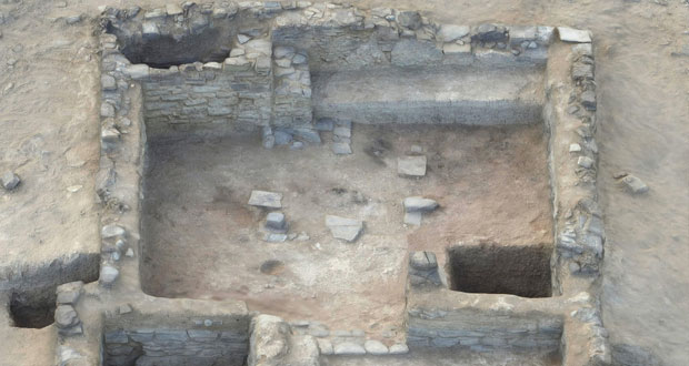 السلطنة تعثر على مكتشفات أثرية تعود إلى أكثر من 2600 عام