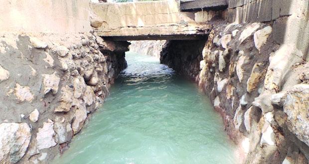 ارتفاع كبير في منسوب مياه فلج (الميسّر) بولاية الرستاق