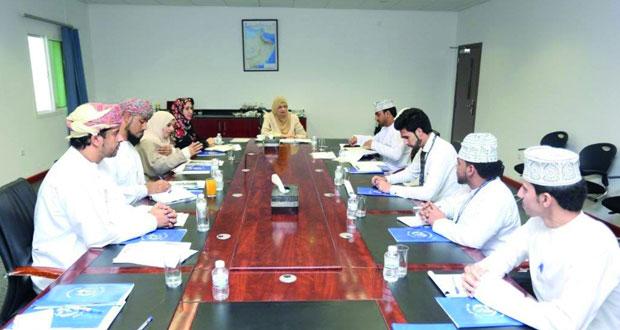 وزيرة التعليم العالي تزور كلية عمان للسياحة