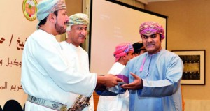 تكريم الهيئات والمؤسسات الإعلامية المشاركة في تغطية مهرجان مسقط 2016م