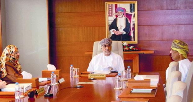 اللجنة العليا لمشروع جامعة عمان تستعرض المنجزات والخطوات المرحلية للمشروع