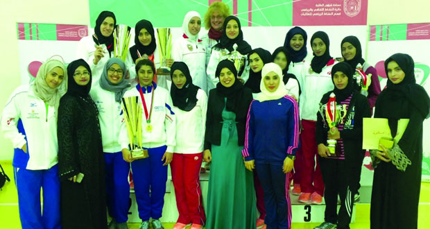 جامعة السلطان قابوس تتوج بالمركز الأول في كرة الطاولة والجامعة الألمانية تخطف المركز الأول في الريشة الطائرة