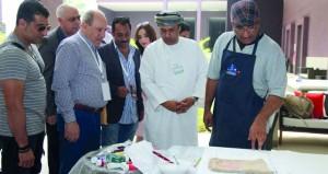 بدء فعاليات ملتقى الفن التشكيلي الخليجي على هامش فعاليات مهرجان مسقط السينمائي التاسع 2016