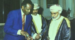 وفاة المؤلف والمؤرخ التصويري والرسام إي هاربر جونسون في مسقط