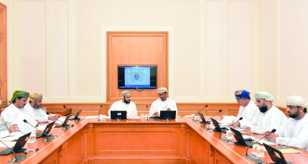 """لجنة الشباب والموارد البشرية بـ""""الشورى"""" تناقش دراسة تحديات التعمين في القطاع الخاص"""