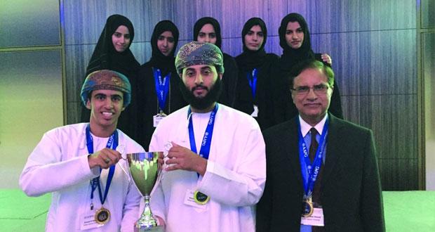 طلبة جامعة السلطان قابوس يحققون المركز الأول في مسابقة IBA على مستوى الشـرق الأوسط