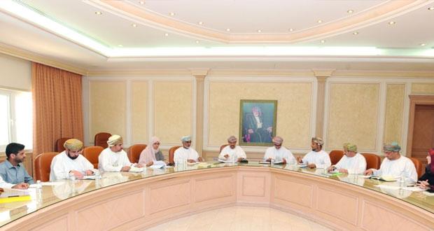 اجتماع اللجنة المشتركة بين وزارة الصحة وجامعة السلطان قابوس