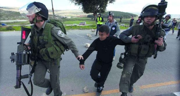 شهادات مفزعة حول تعذيب أطفال الفلسطينيين في سجون الاحتلال