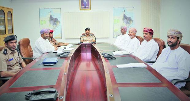 اللجنة العمانية للرماية بالأسلحة التقليدية تناقش تحضيرات البطولة الأولى بعبري