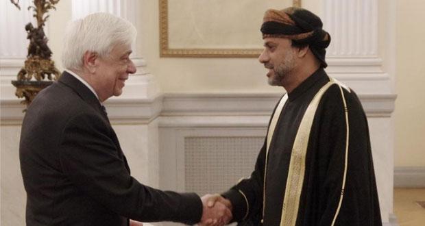رئيس اليونان يقبل أوراق اعتماد سفير السلطنة